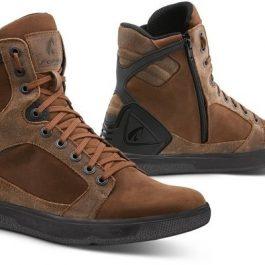 Moto čevlji Hyper rjavi – Forma